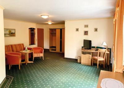 2-Raum-Appartement-mit-Balkon Bild 1